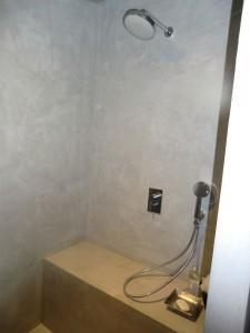 Douche en béton ciré dans Béton Ciré CIMG0168-Copier-225x300