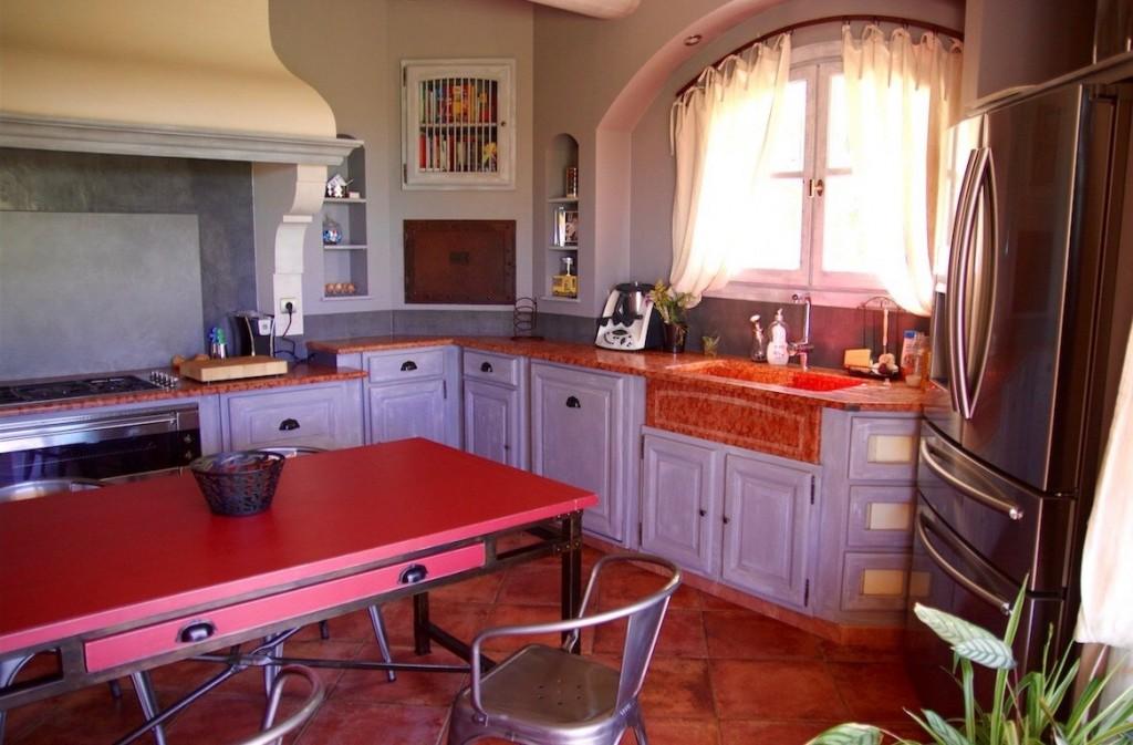 Excellent beautiful crdence cuisine en bton cir sur un - Beton cire mercadier dans salle de bain renovation carrelage ...