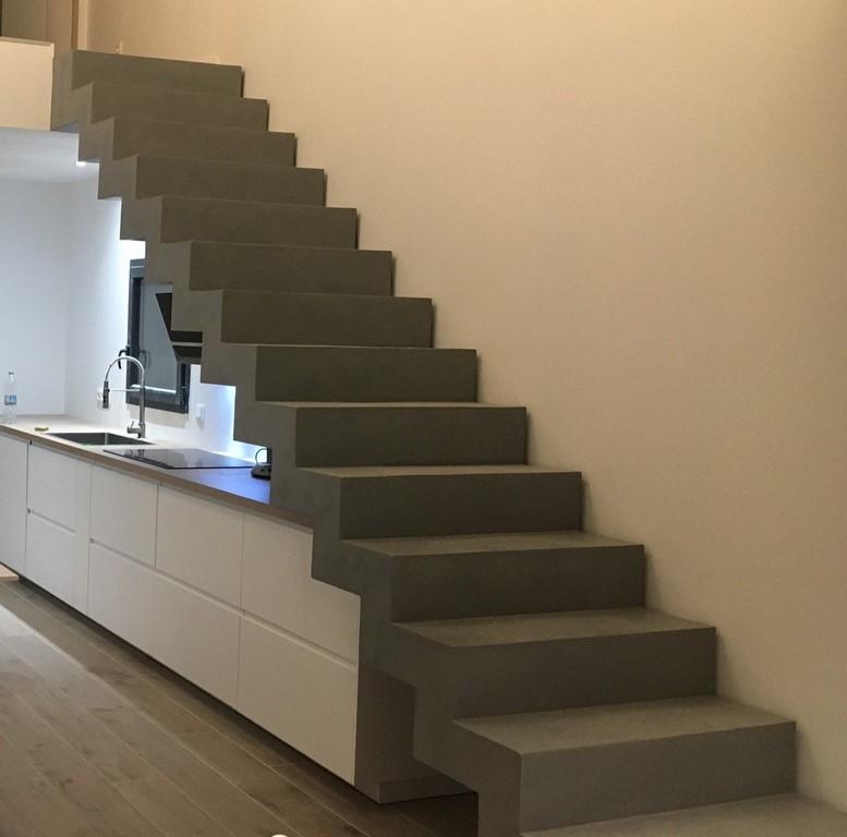 Superbe Escalier En Béton Ciré Mercadier A Fleur De Chaux (Copier)